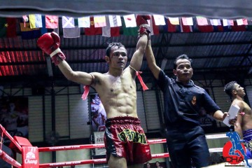 Thaiboxing fight- Kru SAM-Jaroenthong gym 2016.01.27